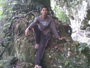 Objek wisata gua putri